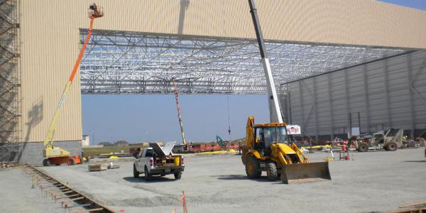 Robins Cargo Hanger